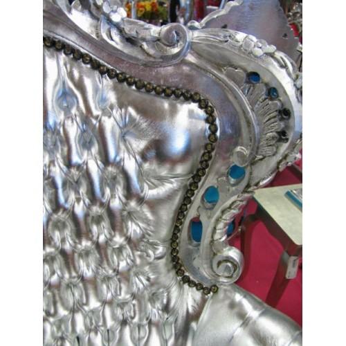 Poltrona Barocco Marsiglia argento con pelle eco argento
