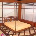 Letto baldacchino MARRAKECH matrimoniale in teak con inserti in rame 160x200x200