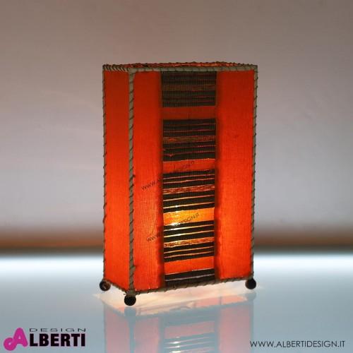 Lampada da tavolo in tessuto arancio ed inserti in fibra naturale H 40
