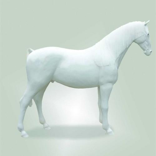 Cavallo bianco in vetro resina con criniera L256xH210